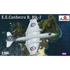 AMO-1426 1/144 Canberra Mk2 model kit