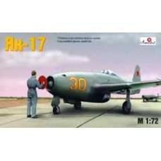 AMO-7224 1/72 Yakovlev Yak-17 Soviet jet fighter model kit