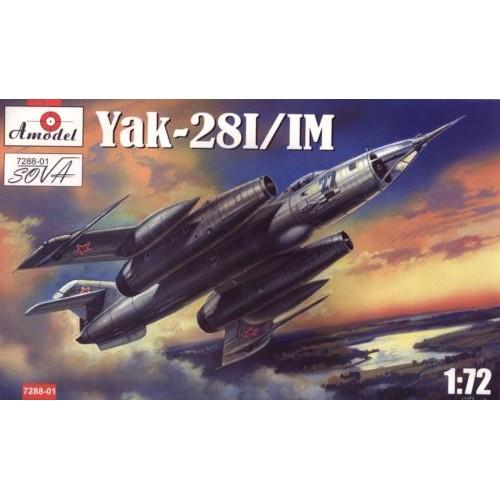 AMO-728801 1/72 YAK 28 I/IM model kit