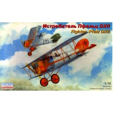 EST-72153 Eastern Express 1/72 Pfalz D.XII German WW1 Fighter model kit